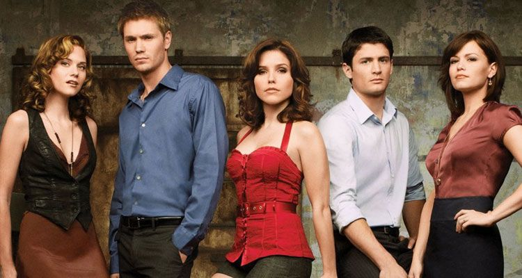 ممثلي مسلسل ون تري هيل One Tree Hill James Lafferty, Bethany Joy Galeotti, Sophia Bush, Austin Nichols, Robert Buckley