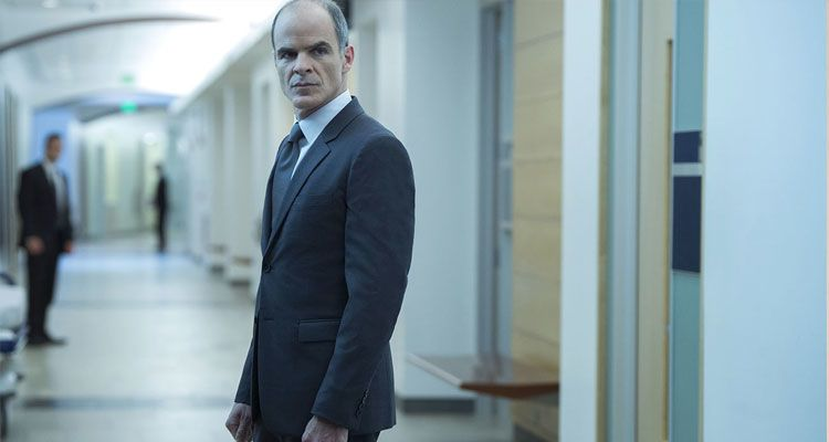 ميشيل كيلي Michael Kelly في مسلسل هاوس اوف كاردز House of Cards