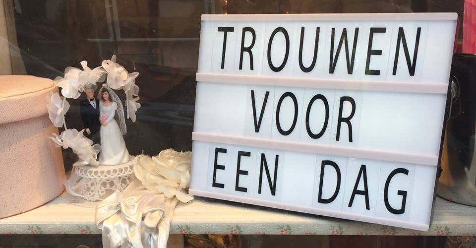 marry in Amsterdam for a day